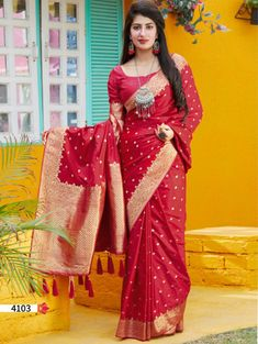 best saree brands online | ₹3,550.00 | Visit Now : www.grabandpack.com | Contact us/ Whats app us on +919898133588, +917990485004 | Ship to All major Counties Like USA , Maurtius , Malaysia , Saudi Arabia , West Indies , Australia , Bangladesh , South Africa ,U.K , Canada ,Singapore , UAE etc. To Buy this Beautiful saree At Best Price | Design : RC004