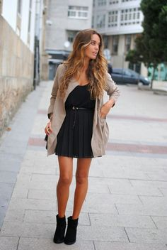 Trench: Sheinside, skirt: Mango , boots: last season,  necklace: Naiboc