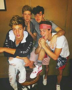 Cameron Dallas, Blake Grey, Aaron Carpenter and Taylor Caniff Cameron Dallas, Cameron Alexander Dallas, Cam Dallas, Cameron Blake, Taylor Caniff, Tumblr Boys, Mathew Espinosa, Skate Maloley, Macon Boys