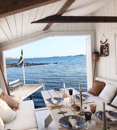 Summer Cabins, Cottages By The Sea, House By The Sea, Beach Shack, Cozy Cottage, House Goals, Fresco, Hygge, Beach House