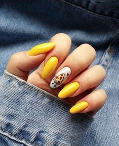 To make your yellow nail art design look more special, you can also incorporate some patterns like strips, polka dots, leopard prints and zebra prints into your nails. Stylish Nails, Trendy Nails, Cute Nails, My Nails, Pointy Nails, Fancy Nails, Glitter Nails, Summer Acrylic Nails, Best Acrylic Nails