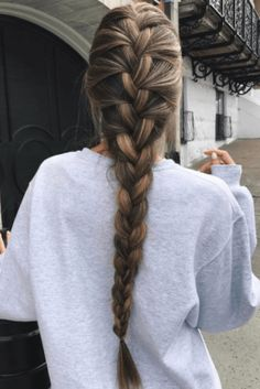 This post contains the most amazing braided hairstyles. These braids will make your hair looks fabulous, attractive and most of all charming Going Out Hairstyles, Cool Braid Hairstyles, Easy Hairstyles For Long Hair, Trendy Hairstyles, Fall Hairstyles, Evening Hairstyles, Short Haircuts, French Braided Hairstyles, Braided Hairstyles For School
