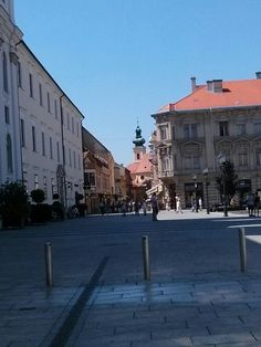 Plaza gyor Hungary, Budapest, Westerns, Louvre, Street View, Building, Travel, Viajes, Buildings