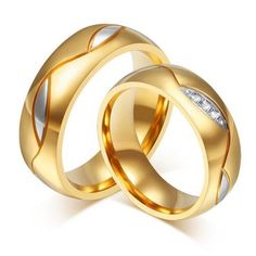 Elegant Titanium Steel Crystal Gold Plated Ring (Suitable for Couple Pairings)