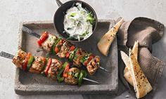 Griechische Souvlaki-Spieße vom Grill