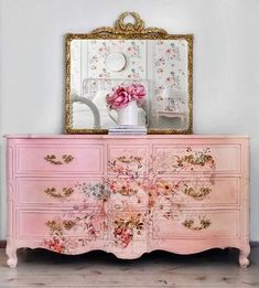 The relaxing and romantic tone from the shabby chic style causes it to be a well known option for bedrooms. White shabby chic furniture is usually best Decoupage Furniture, Funky Furniture, Repurposed Furniture, Shabby Chic Furniture, Furniture Projects, Furniture Makeover, Vintage Furniture, Luxury Furniture, Bedroom Furniture
