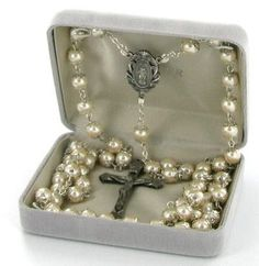 Capped Pearl Miraculous Center Rosary - $44.50 http://divinerosarybeads.com/capped-pearl-miraculous-center-rosary/