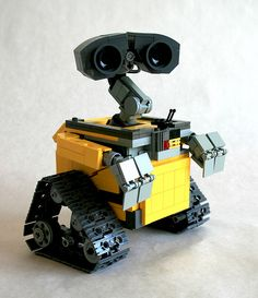 Wall•E 3/4 view by MacLane, via Flickr