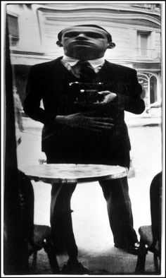 Henri Cartier-Bresson: Self Portrait, France, 1932  A vintage selfie :)