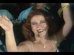 "Beth Carvalho - ""A Chuva Cai"" (1980)"