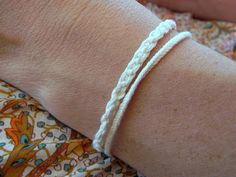 saraccino: Macrame - just a little bit in cream