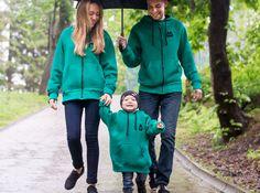 #夫婦 #两个人 #연인  #matchingwear #couplewear #couplehoodies #couplehoodie #coupleclothes #togetherweare #samelook #wearethesame  #family #familylook