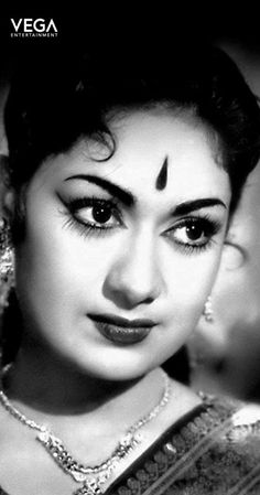 The Top 50 Best Indian Film Actresses in Order Actress Pics, Indian Film Actress, Old Actress, Indian Actresses, Indian Celebrities, Bollywood Celebrities, Bollywood Actress, Most Beautiful Indian Actress, Beautiful Actresses