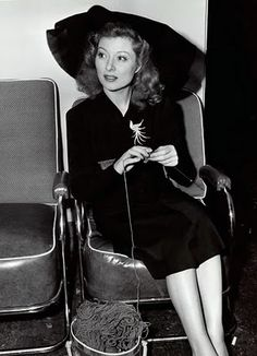 And...scene! Knit!  Greer Garson (note hank yarn in knitting bag that has not yet been wound into a ball!  I see problems ahead!