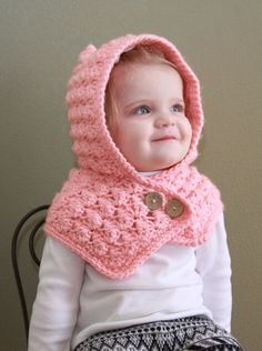 [Free Pattern] Adorable Textured Toddler Hood To Keep Your Baby Warm - Knit And Crochet Daily Crochet Toddler Hat, Crochet Baby Hats, Crochet For Kids, Baby Knitting, Free Crochet, Knit Crochet, Hooded Scarf Pattern, Crochet Hooded Scarf, Crochet Beanie
