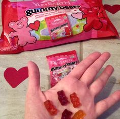 Sponsored Giveaway: Valentine's Day YumEarth Gummy Bears