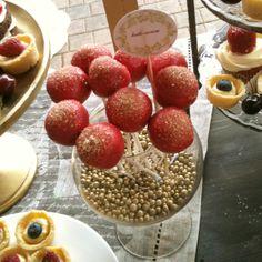 cake pops berry boho wedding #aidinabakeacake