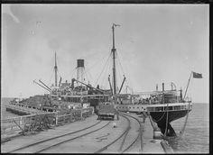 008464PD: Shipping wool on the Gorgon at Carnarvon, 1914 https://encore.slwa.wa.gov.au/iii/encore/record/C__Rb2940930
