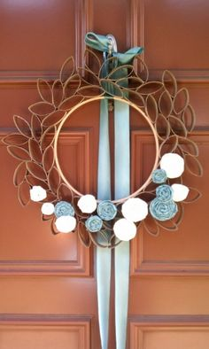 WREATH MADE FROM EMPTY TOILET PAPER ROLLS @Andrea / FICTILIS Samples this made me think of you.