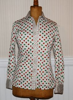 1960's Vintage Unbranded Women's Ladybug Button Down Polo Blouse - Retro Print!