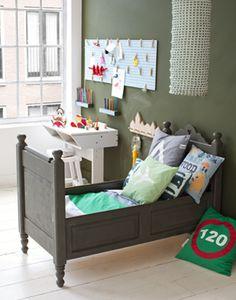 toddler bed!