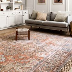 Shop Alexander Home Tremezzina Printed Medallion Distressed Blue/Rust Bohemian Rug - x - On Sale - Overstock - 20662932 Living Room Area Rugs, Living Room Carpet, Dining Rooms, Living Spaces, Traditional Rugs, Online Home Decor Stores, Beige Area Rugs, Rugs On Carpet, Carpets