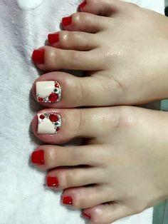 Toenail Polish Designs, Pedicure Designs, Pedicure Nail Art, Toe Nail Designs, Toe Nail Art, Pretty Toe Nails, Cute Toe Nails, Feet Nails, Toenails