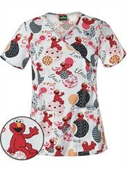 Save on print scrub tops from your favorite brands at Medical Scrubs Mall. Print Scrubs are a great way to add some color to your medical uniforms. Scrubs Outfit, Scrubs Uniform, Disney Scrubs, Stylish Scrubs, Cute Scrubs, Nursing Accessories, Medical Scrubs, Nursing Clothes, Career Wear