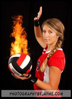 Indiana Senior Pictures Volleyball on Fire Volleyball Poses, Female Volleyball Players, Volleyball Pictures, Women Volleyball, Volleyball Drawing, Softball, Team Pictures, Sports Pictures, Senior Pictures