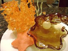 isomalt art one day i will buy some isomalt Pulled Sugar Art, Student Diary, One Wall Kitchen, Sugar Glass, Isomalt, Sugar Candy, Pastry Art, Food Science, Edible Art