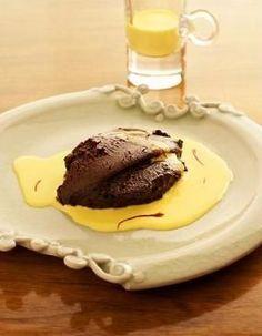 Oggi vi presentiamo la ricetta per preparare una fantastica salsa allo zafferano, un contorno perfetto da accompagnare a secondi di carne, pesce e anche alle verdure.