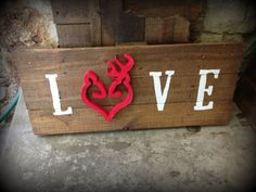 Deer Heart Love Pallet Sign by RusticRestyle on Etsy, $45.00