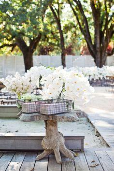 Photography: Kate Webber - katewebber.com  Read More: http://www.stylemepretty.com/california-weddings/2014/04/23/elegant-durham-ranch-wedding/