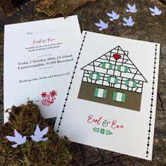 Fachwerkhaus Hochzeitseinladung von Fanfare Paper Goods.  Einladungen, personalisierte Einladungen, Hochzeitseinladungen, Papeterie, Grußkarten.