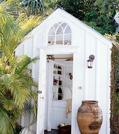 Bildergebnis für tiny playhouse stuga
