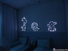 painel safari luminoso Home Design Decor, Baby Room Decor, Bedroom Decor, Laser Cut Lamps, Cnc Cutting Design, Kids Lamps, Baby Frame, Inexpensive Home Decor, Shadow Box Frames