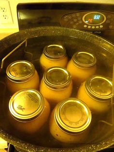 How to Make and (Water Bath) Can Applesauce and Apple Butter