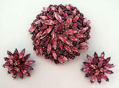 Sherman Fuscia Pink Swarovski Crystal Rhinestone Japanned Domed Pin & Earrings Set 425