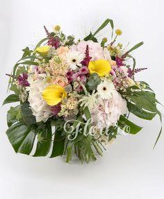 Noapte de mai Mai, Floral Wreath, Wreaths, Home Decor, Decoration Home, Room Decor, Bouquet, Flower Band, Interior Decorating