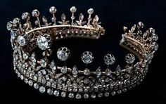 A close up of Queen Amelie's diamond tiara.