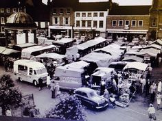 Market :)I grew up at South Raynham, and This was our regular Saturday. Uk Photos, Point Of View, Red Poppies, Best Memories, Hush Hush, Norfolk, Amazing Places, The Good Place, Sick