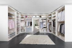 My Way - begehbarer Kleiderschrank in Weiß Matt und Lack Weiß #nolteD #begehbarer_kleiderschrank #myway #moebel