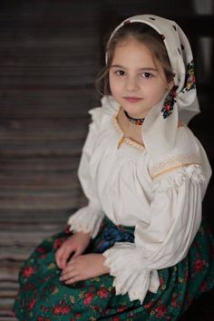 Romania Travel - Fun Things to Do in Romania - Bucket Lists Romania People, Romantic Room Decoration, Romanian Girls, Romania Travel, Baby Faces, Kids Around The World, Golden Child, Folk Costume, Beautiful Children