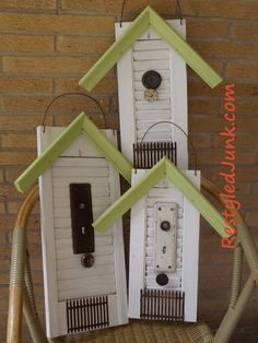 Restyled Junk: Birdhouses from frame corners and shutters