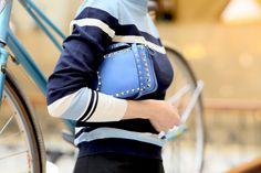 girly, streetstyle fashionblogger russian fashionblogger sporty top Monki Valentino bag