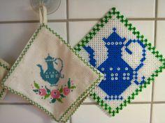 Topflappen und Bügelperlen mit gleichem Muster by blogg.missjuniversum.se