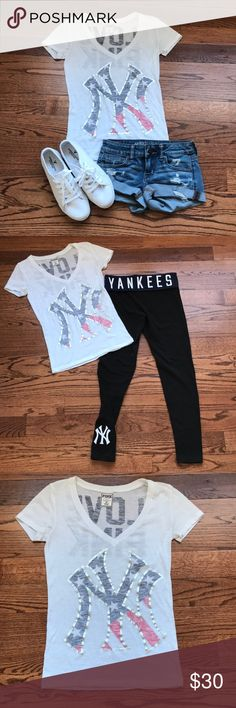 New York Yankees Logo Three Way Fid Spinner