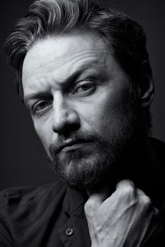 James McAvoy - kinda liking the beard look James Mcavoy, Dark Portrait, Scottish Actors, Actor James, Male Photography, Black And White Portraits, Michael Fassbender, Best Actor, Actors & Actresses
