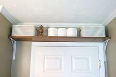 colocar un estante arriba de la puerta