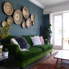 Farrow & Ball Inspiration INCHYRA BLUE LIVING ROOM Contributed by kiri Love this colour! Makes a beautiful backdrop for the baskets and makes the emerald green sofa pop!